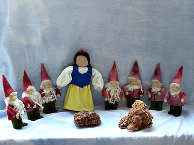 Sneeuwwitje en de zeven dwergen vilt seizoentafel Atelier de Vier Jaargetijden