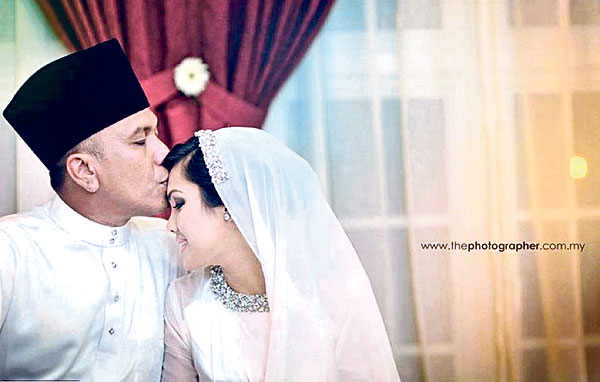 Gambar Hattan dan Farah Asyikin Majlis Pernikahan Perkahwinan