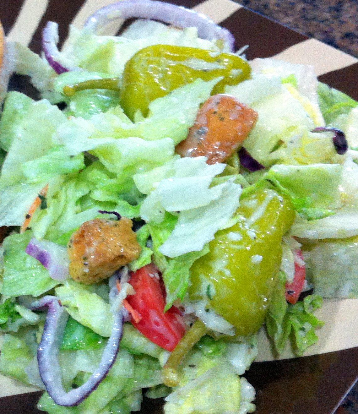 The lewis family copycat olive garden salad for Olive garden salad dressing recipe secret