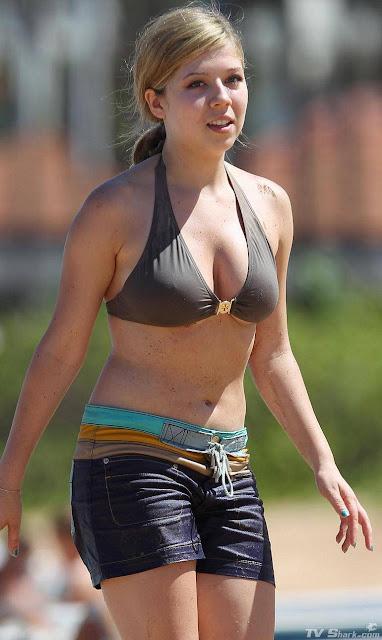 Jennette McCurdy in Bikini