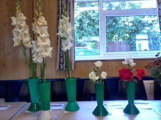 Many flower varieties were entered and all looked wonderful!!