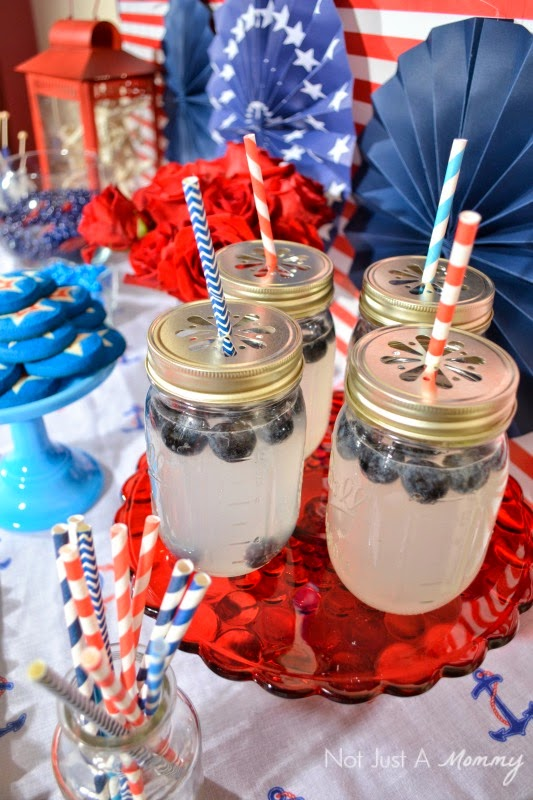 How to create a nautical patriotic table lemonade in mason jars