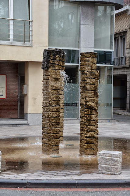 Ronse Fountain
