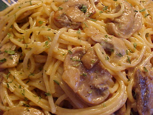 Spaghetti sauce crmeuse  la vodka et aux champignons
