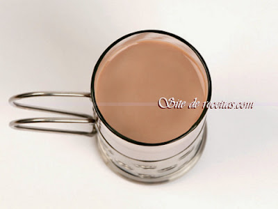 Vitamina cremosa de chocolate