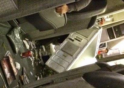 ΤΡΟΜΟΣ στον αέρα: Άνθρωποι και αντικείμενα εκσφενδονίζονται όταν αεροπλάνο πέφτει σε καταιγίδα... [video]