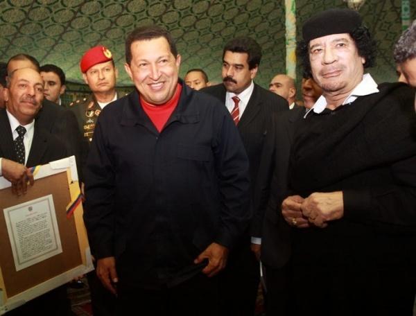 http://4.bp.blogspot.com/-YLCCr9_LSI4/Tqmp0i_CfmI/AAAAAAAABGI/eDOGE429IMY/s1600/gadafi-agradece-chavez-apoyo-pueblo-libio-rechazo-acciones-otan_1_822953.jpg