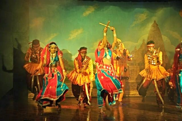 philippine folk dance essay The history of philippine folk dancing incorporates influences from  essay about  filipino traditions and customs high quality custom essays essay about filipino.