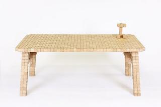 diseño de mesa hecha con madera reciclada