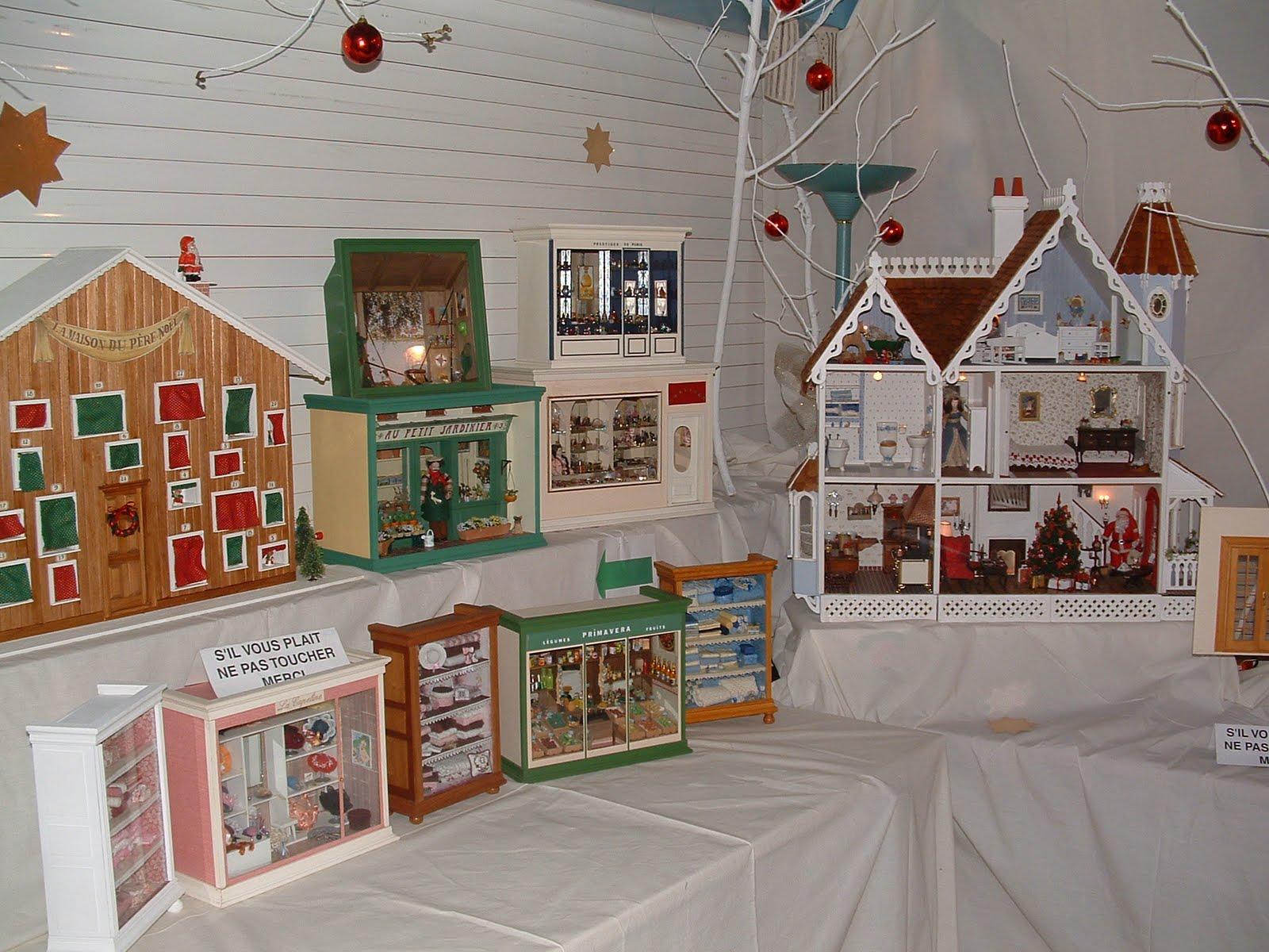 chris et marc exposition miniatures lors du march de no l casablanca. Black Bedroom Furniture Sets. Home Design Ideas