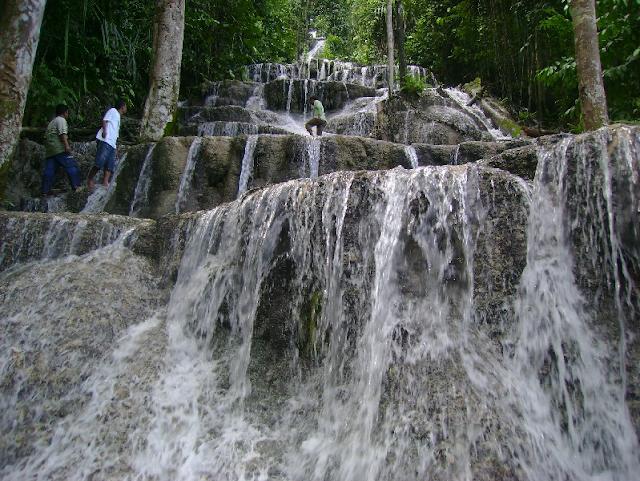 Air Terjun Tiga Bidadari - Wisata Halmahera Selatan