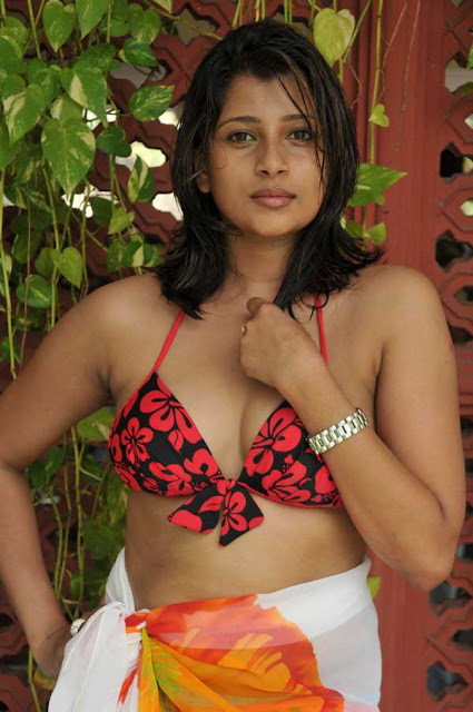 Nadeesha Hemamali Bikini Photos - Nadeesha Hemamali Hot Photos