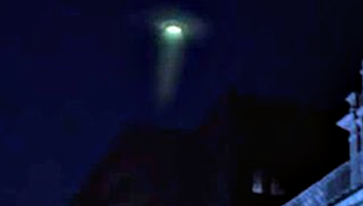 Green Glowing UFO Caught Over South Africa 2015, UFO Sightings