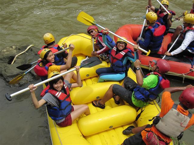 Rafting Jogja Arung Jeram