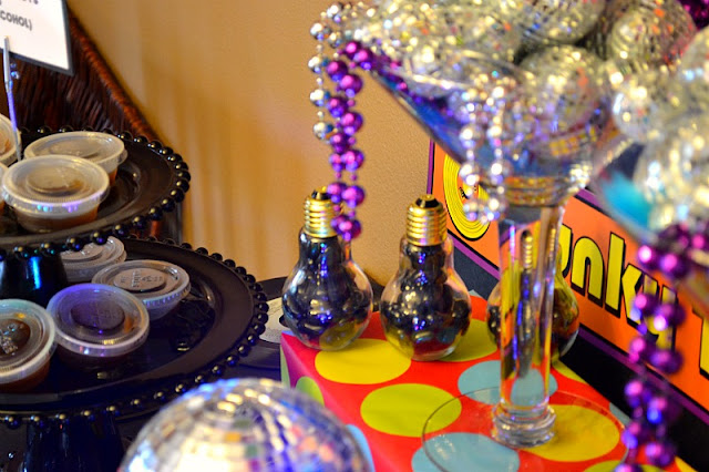 70s Disco Party table blacklight bulb