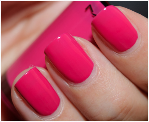 The Amazing Hibiscus flower nail art pink Image