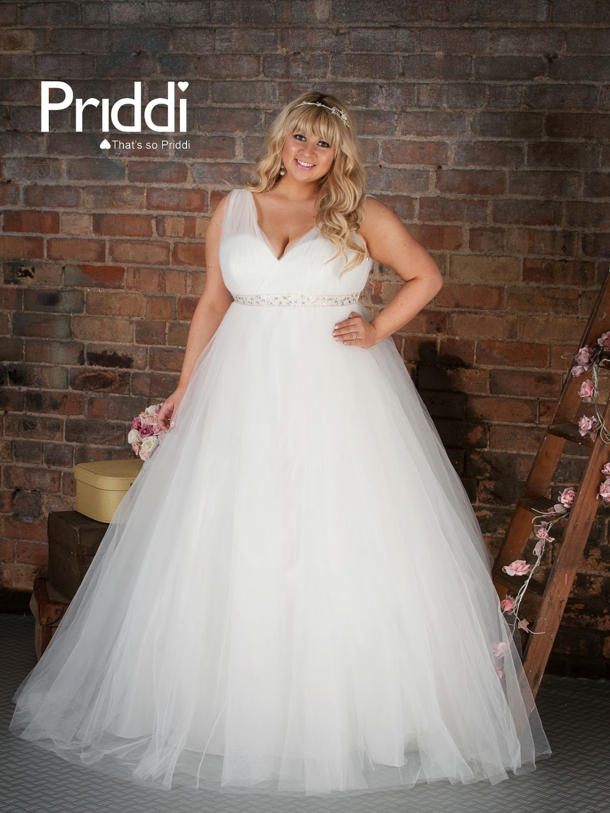 Prom hairstyles for ball gowns gown and dress gallery for Ball gown plus size wedding dresses