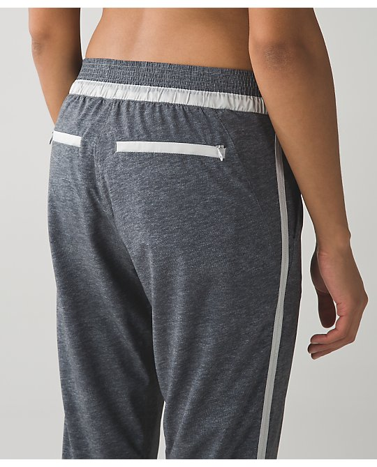 lululemon &Go-on-the-go-jogger