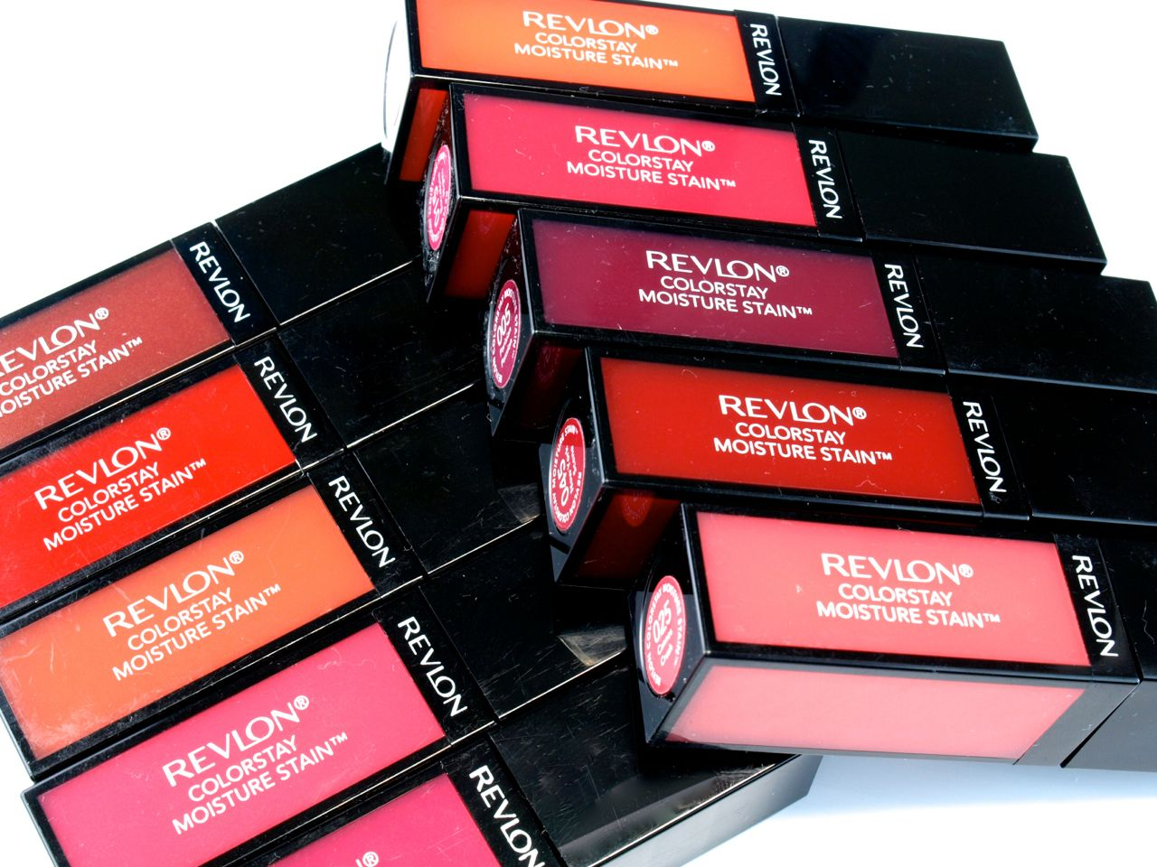 Revlon ColorStay Moisture Stain Review and Swatches