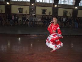 Aspect din timpul programului artistic - eleva Daiana Vinca (a X-a C), Balul Bobocilor, 26.10.2012
