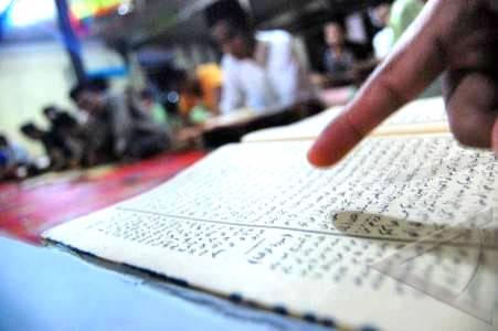 Kemenag Siapkan Daftar Kitab yang Harus Dibaca Santri