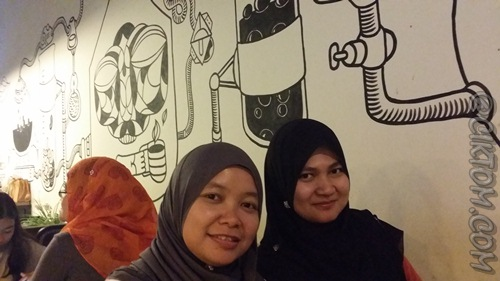 Mural di wall Chemistry Cafe
