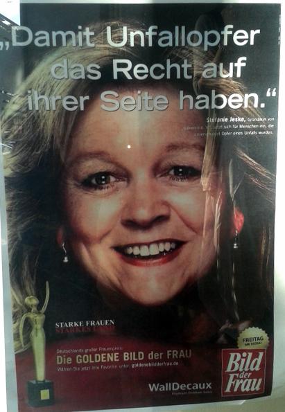 http://www.rp-online.de/nrw/staedte/duesseldorf/stadtgespraech/gold-fuer-engagierte-unfall-helferin-aid-1.5389690
