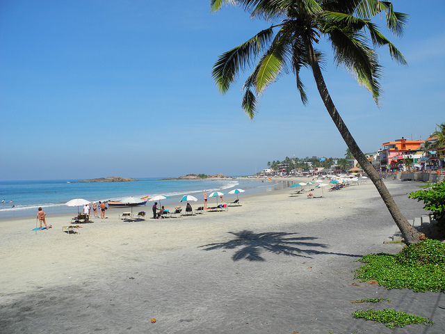 Best tours of india in region Kerala. hot beach attraction Kovalam