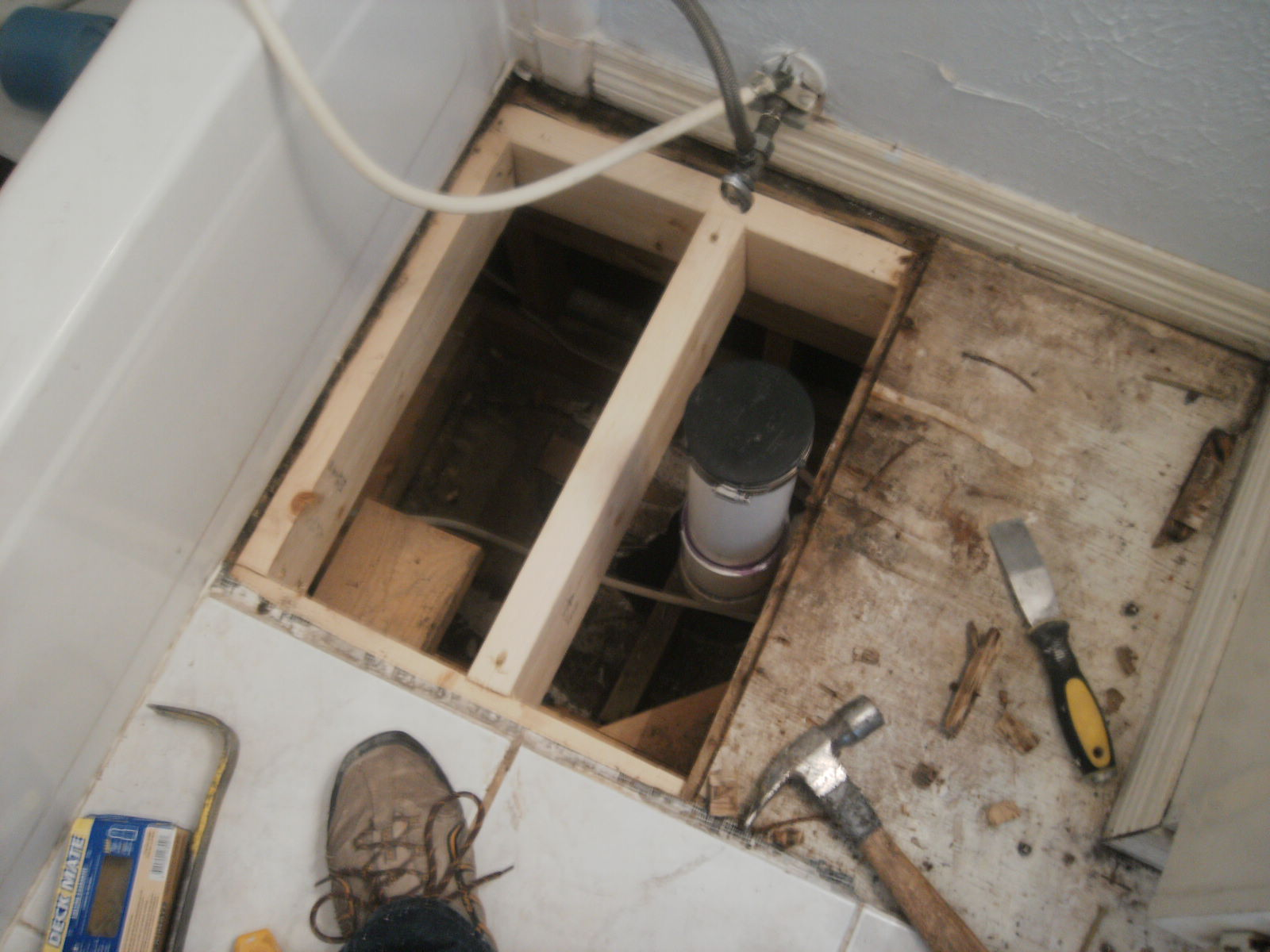 Anatomy Of A Floor Tile Repair In Photos Confessions Of A Tile Setter