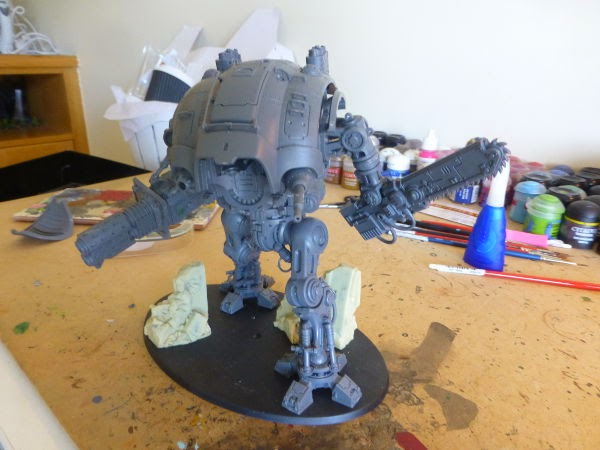 WIP Imperial Knight poses with his Thermal Cannon