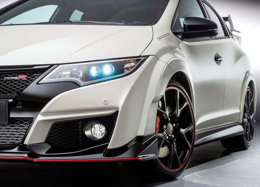 ホンダ、新型「シビック・タイプR」の市販モデルを初公開!