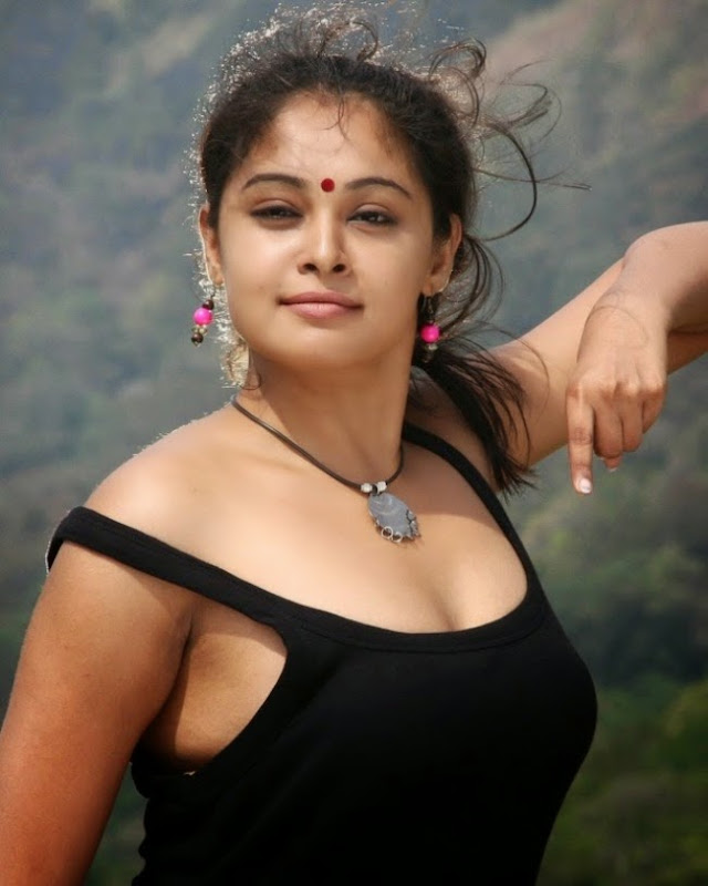 Actress Arundathi Hot & Spicy Stills