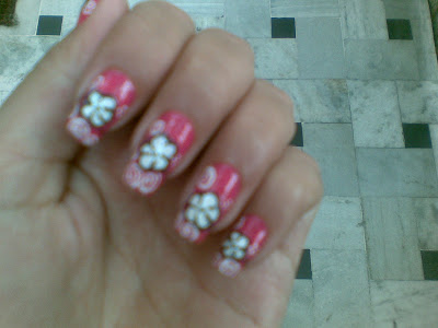 pink flower nail design picture