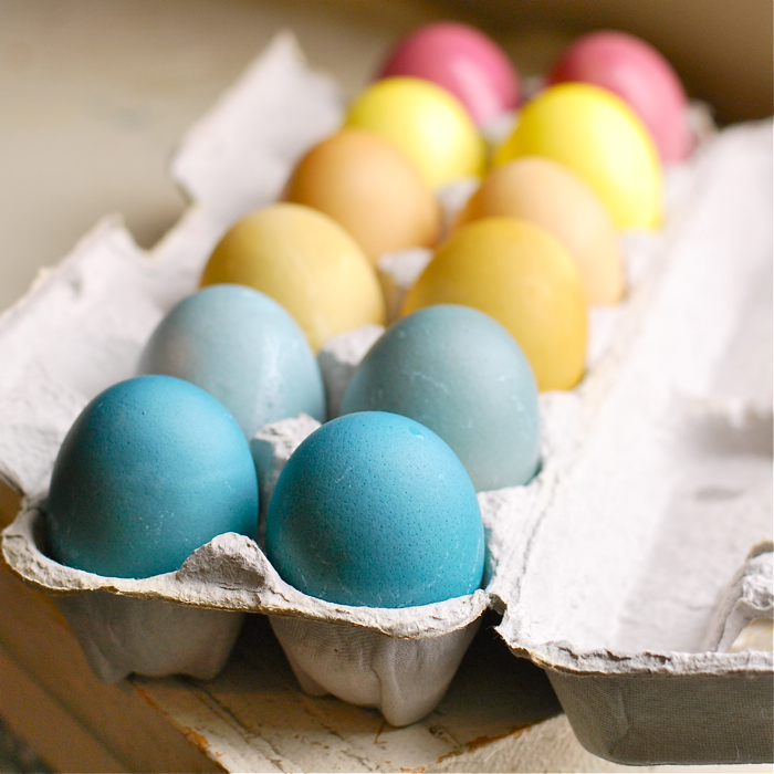 naturally-dyed-easter-eggs-2.jpg