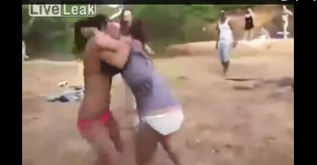 Pelea de Mujeres en BIKINI