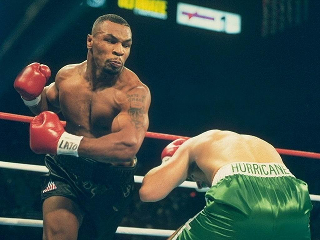 http://4.bp.blogspot.com/-YOOLO7cZxNw/TvssTiH399I/AAAAAAAABpY/goPeO7o726c/s1600/Mike-Tyson+%252833%2529.jpg