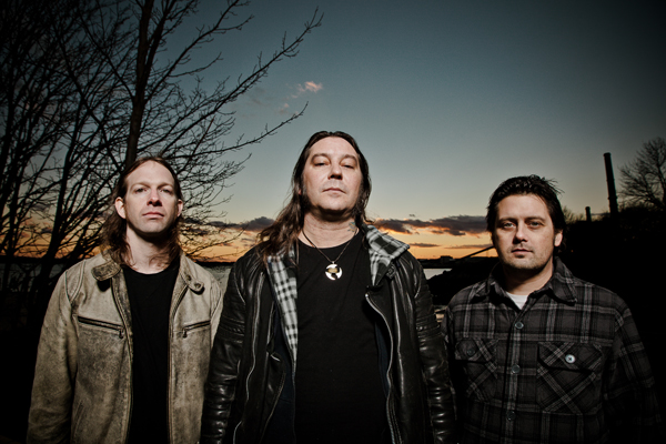 HIGH ON FIRE - Photo by T.Couture