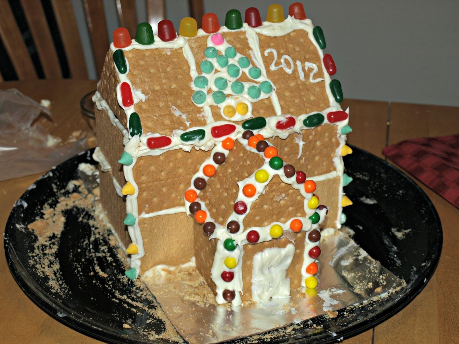 Easy DIY Gingerbread Houses