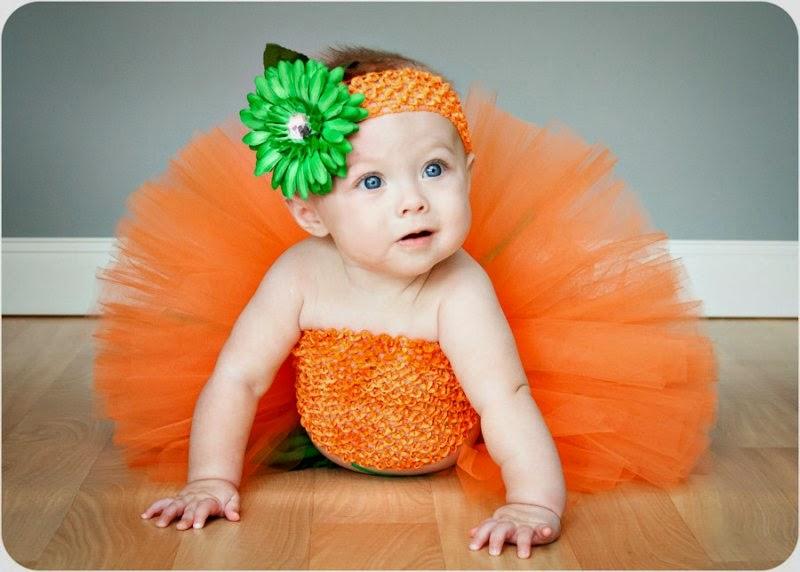 Gambar bayi lucu dan cantik pakai tutu dress orange