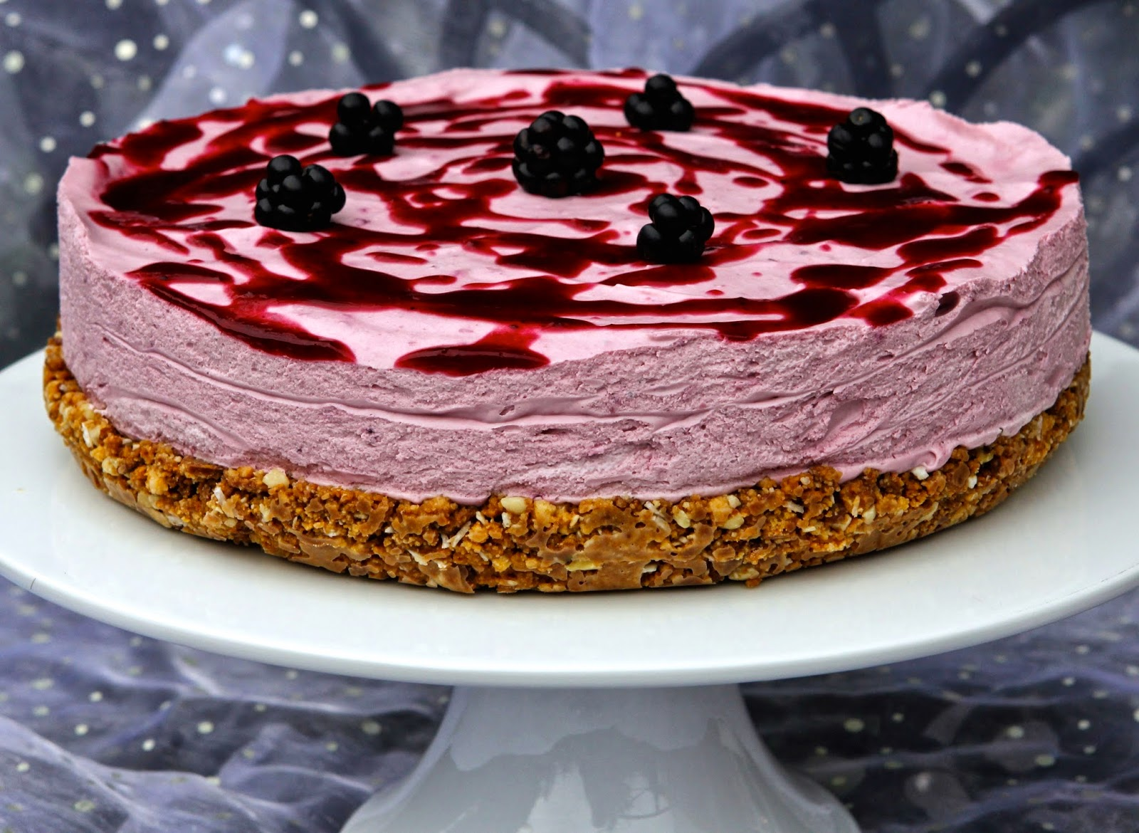 Berry And Coconut Cream Chees Cake