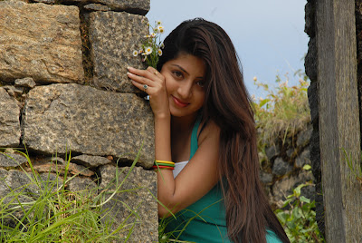 poonam kaur in set dress spicy latest photos