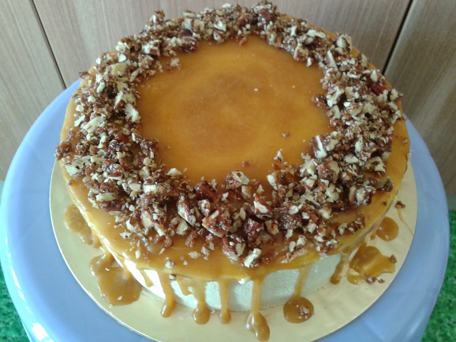 Heaven Peacan Butterscotch Cake