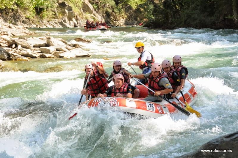 PALLARS SOBIRÁ - PIRINEOS: Rafting por el Noguera Pallaresa