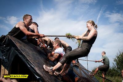 Spartan slippery wall climb