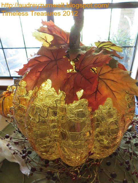 "alt=""Pumpkin for antique lamp"""