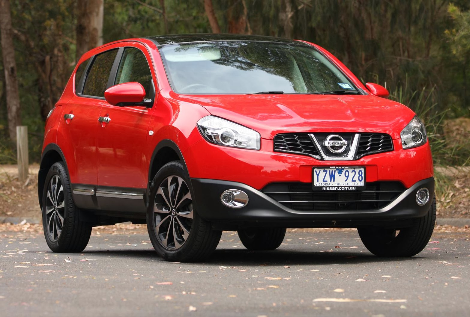 nissan dualis crossover ev 39 likely 39 for uk production electric vehicle news. Black Bedroom Furniture Sets. Home Design Ideas
