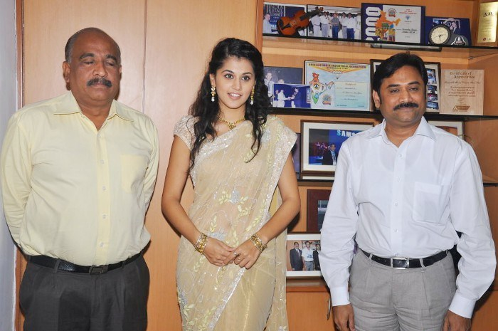 tapsee in saree at tmc electronics photo gallery