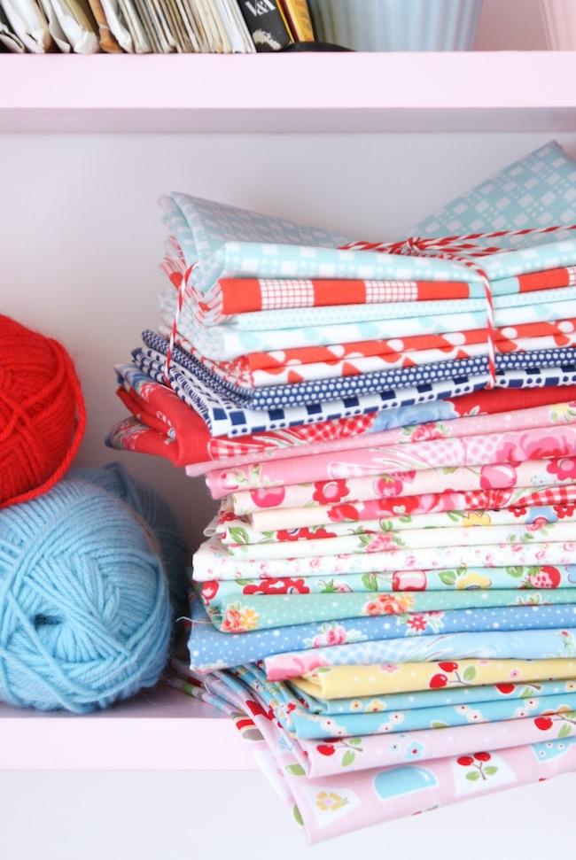MessyJesse - a quilt blog by Jessie Fincham: July 2013 : sew and quilt shop - Adamdwight.com