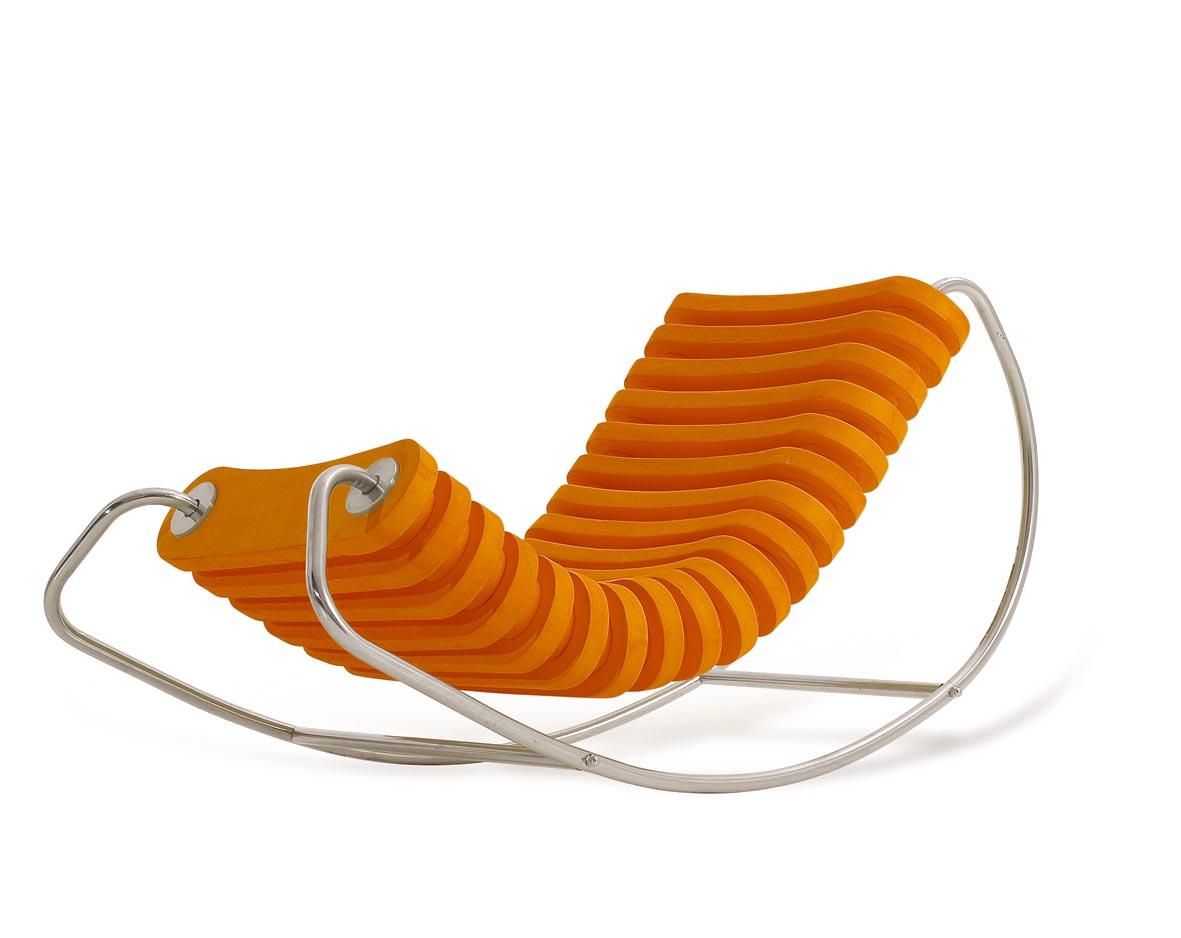 Cadeira de balanço em E.V.A e aço inox L'oeil #BA4601 1181x938