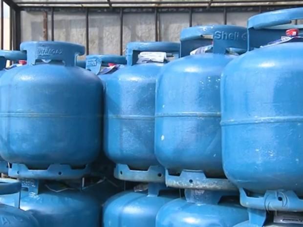 Petrobras divulgou comunicado à imprensa informando sobre o aumento (Foto: Reprodução/RPC TV)
